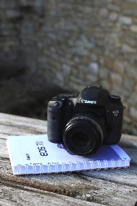 EOS 7D with instruction manual